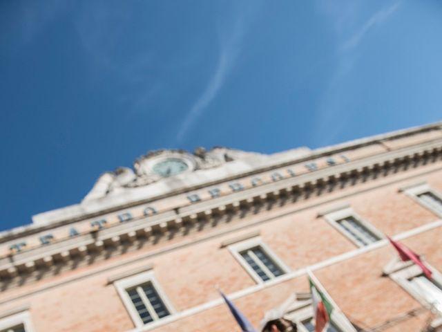 Il matrimonio di Vincenzo e Cinzia a Jesi, Ancona 26