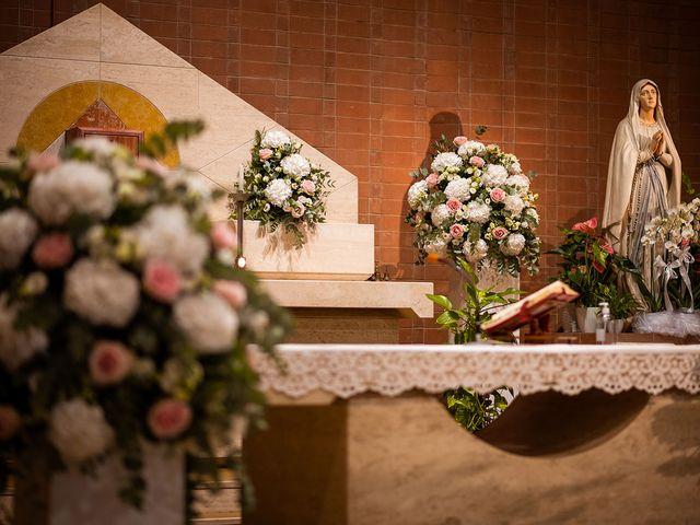 Il matrimonio di Raffaele e Valeria a Pesaro, Pesaro - Urbino 18