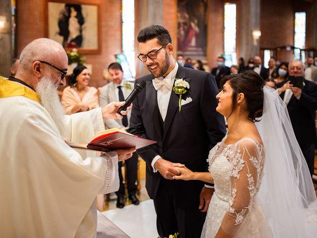 Il matrimonio di Raffaele e Valeria a Pesaro, Pesaro - Urbino 24