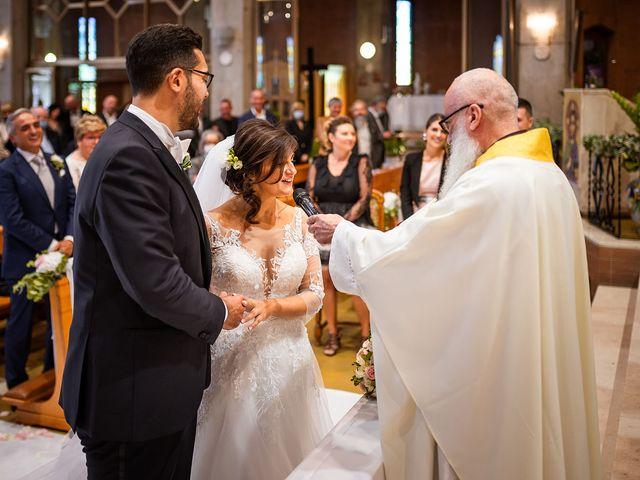 Il matrimonio di Raffaele e Valeria a Pesaro, Pesaro - Urbino 25