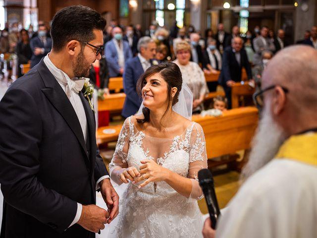 Il matrimonio di Raffaele e Valeria a Pesaro, Pesaro - Urbino 28