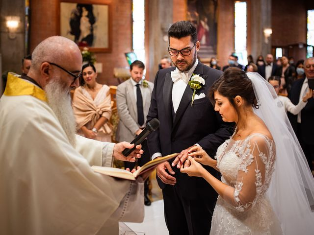 Il matrimonio di Raffaele e Valeria a Pesaro, Pesaro - Urbino 31