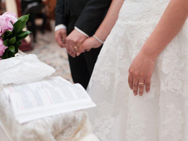 Il matrimonio di Vanessa e Mirko a Oristano, Oristano 25