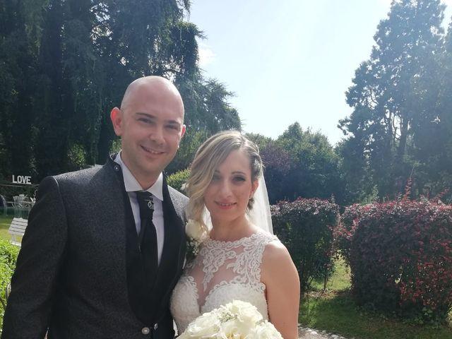 Il matrimonio di Simone e Sonia  a Porto Viro, Rovigo 9