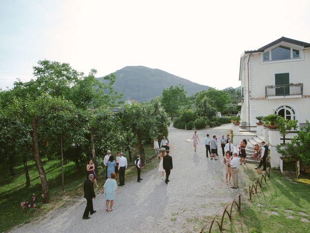 Il matrimonio di jon e Rasa a San Cipriano Picentino, Salerno 14