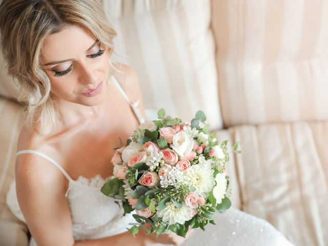 Il matrimonio di Billy e Elena a Bacoli, Napoli 23