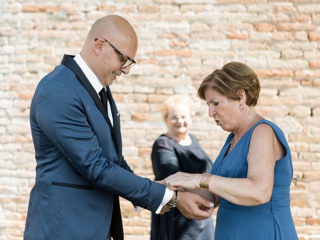 Il matrimonio di Raffaella e Ruggiero a Trecastelli, Ancona 15