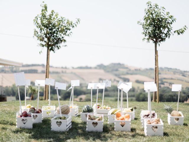 Il matrimonio di Raffaella e Ruggiero a Trecastelli, Ancona 18