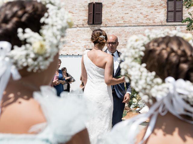 Il matrimonio di Raffaella e Ruggiero a Trecastelli, Ancona 41
