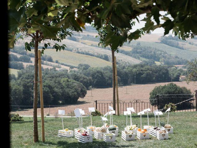 Il matrimonio di Raffaella e Ruggiero a Trecastelli, Ancona 51