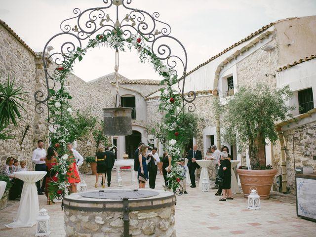 Il matrimonio di Leonardo e Serenella a Siculiana, Agrigento 12