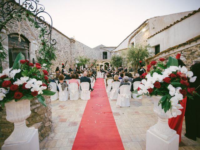 Il matrimonio di Leonardo e Serenella a Siculiana, Agrigento 20