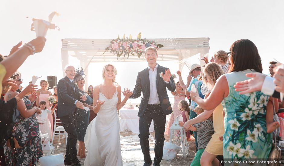 Il matrimonio di Billy e Elena a Bacoli, Napoli