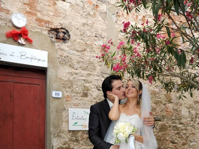 Il matrimonio di Andrea e Martina a Larciano, Pistoia 32