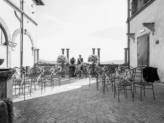 Il matrimonio di Luigi e Simona a Todi, Perugia 1