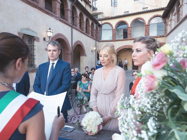 Il matrimonio di Luigi e Simona a Todi, Perugia 18
