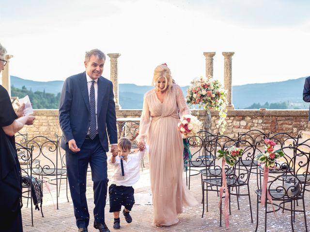 Il matrimonio di Luigi e Simona a Todi, Perugia 23