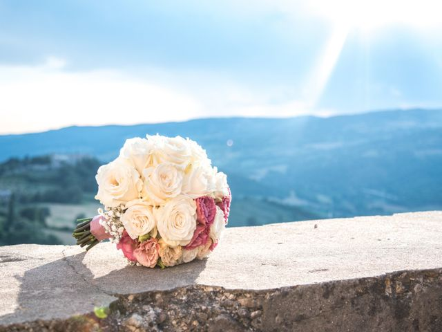 Il matrimonio di Luigi e Simona a Todi, Perugia 29