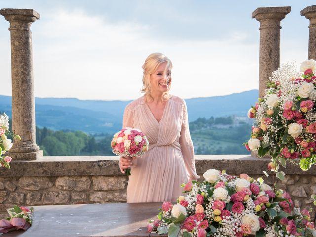 Il matrimonio di Luigi e Simona a Todi, Perugia 30