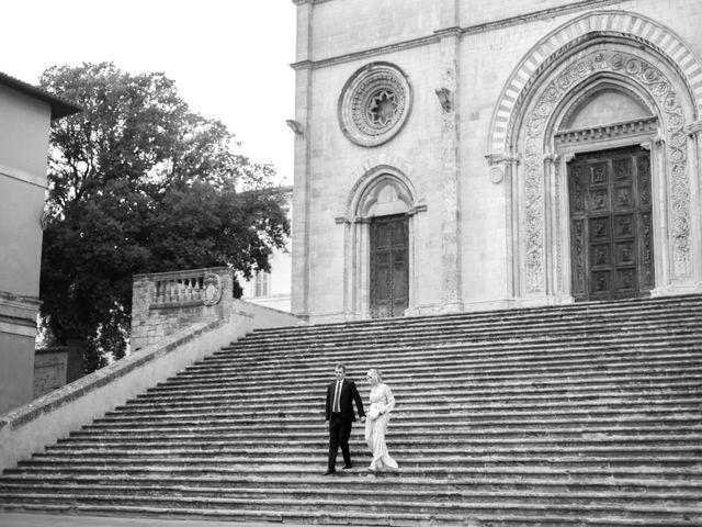 Il matrimonio di Luigi e Simona a Todi, Perugia 46