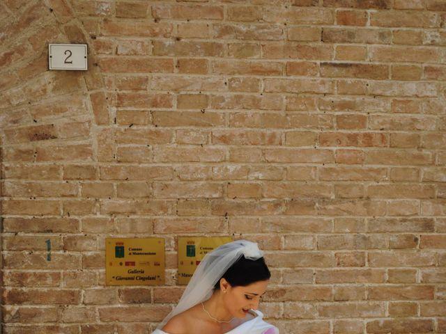 Il matrimonio di Mauro e Lara a Montecassiano, Macerata 8