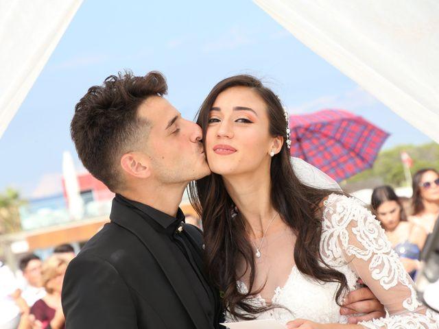 Il matrimonio di Sefora e Thomas a Viareggio, Lucca 20