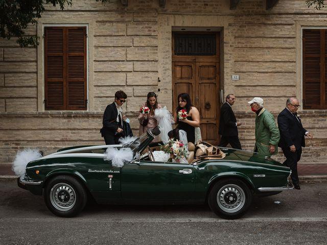 Il matrimonio di Madhu e Cristina a Grottammare, Ascoli Piceno 18