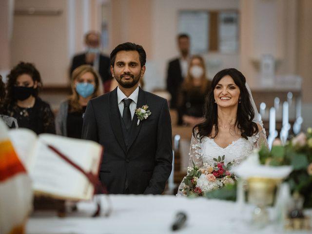 Il matrimonio di Madhu e Cristina a Grottammare, Ascoli Piceno 34