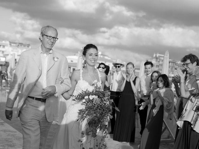 Il matrimonio di Luca e Simona a Viareggio, Lucca 26