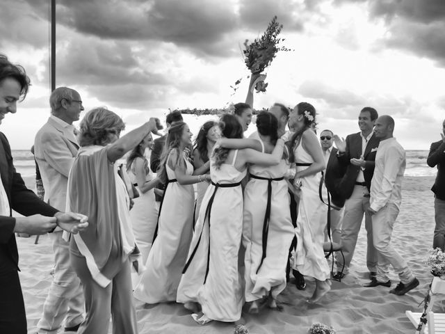 Il matrimonio di Luca e Simona a Viareggio, Lucca 41