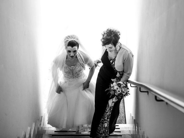 Il matrimonio di Lorenzo e Simona a Monteriggioni, Siena 17