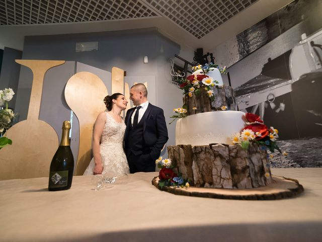 Il matrimonio di Lorenzo e Simona a Monteriggioni, Siena 21