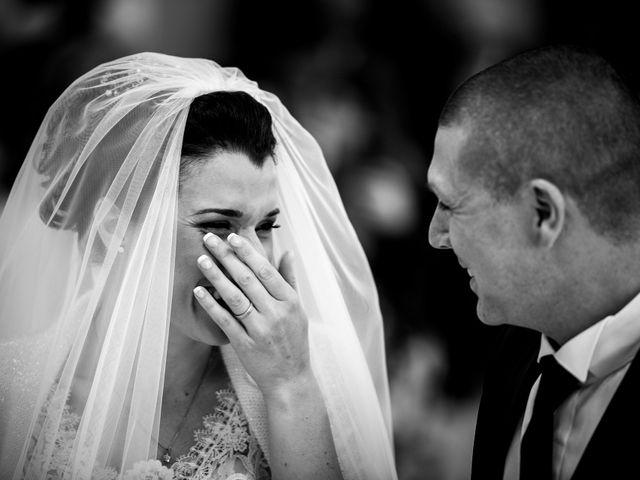 Il matrimonio di Lorenzo e Simona a Monteriggioni, Siena 23