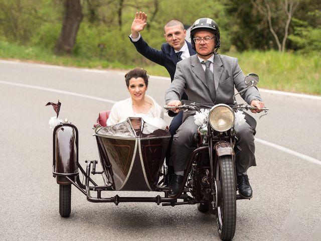 Il matrimonio di Lorenzo e Simona a Monteriggioni, Siena 29