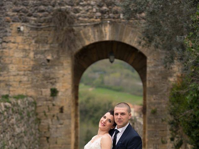 Il matrimonio di Lorenzo e Simona a Monteriggioni, Siena 30