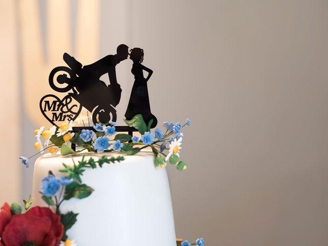 Il matrimonio di Lorenzo e Simona a Monteriggioni, Siena 34