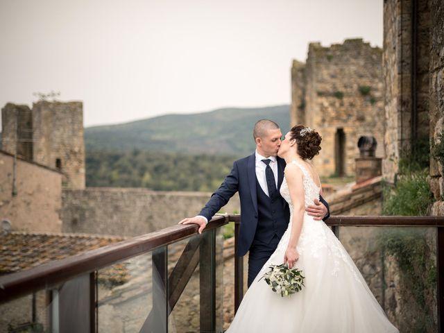 Il matrimonio di Lorenzo e Simona a Monteriggioni, Siena 37