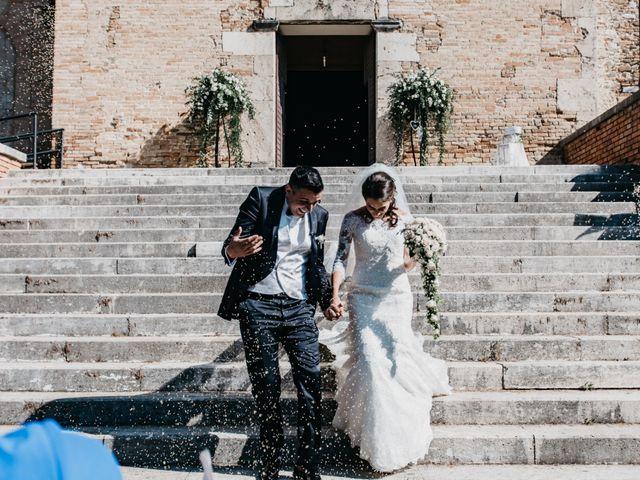 Il matrimonio di Stefano e Jessica a Silvi, Teramo 30