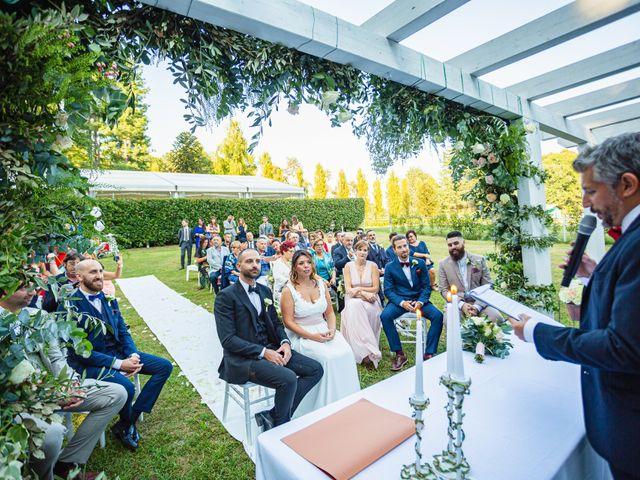 Il matrimonio di Antonio e Luana a Vergiate, Varese 35