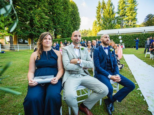 Il matrimonio di Antonio e Luana a Vergiate, Varese 37