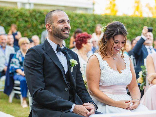 Il matrimonio di Antonio e Luana a Vergiate, Varese 40