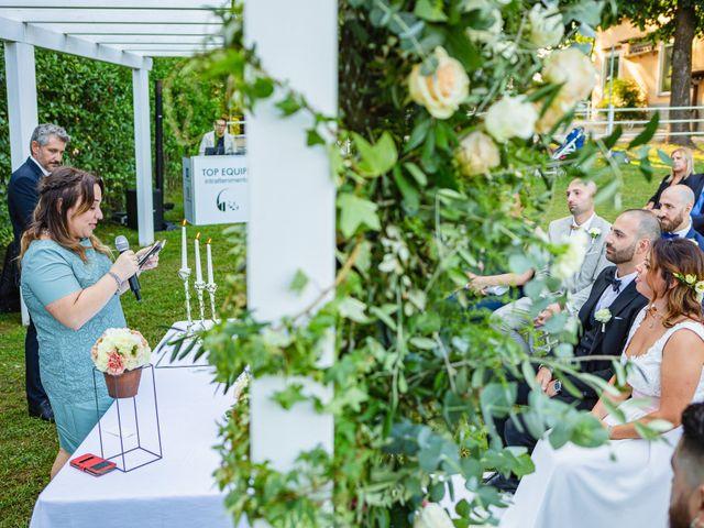 Il matrimonio di Antonio e Luana a Vergiate, Varese 45