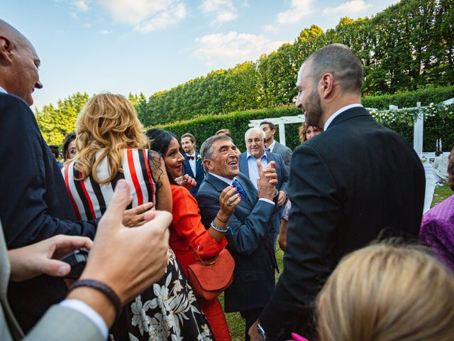 Il matrimonio di Antonio e Luana a Vergiate, Varese 60