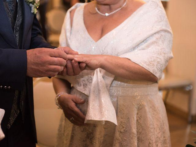 Il matrimonio di Cinzia e Marzio a Campi Bisenzio, Firenze 20