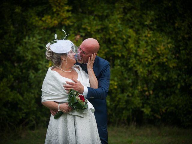 Il matrimonio di Cinzia e Marzio a Campi Bisenzio, Firenze 31