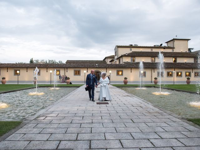 Il matrimonio di Cinzia e Marzio a Campi Bisenzio, Firenze 39