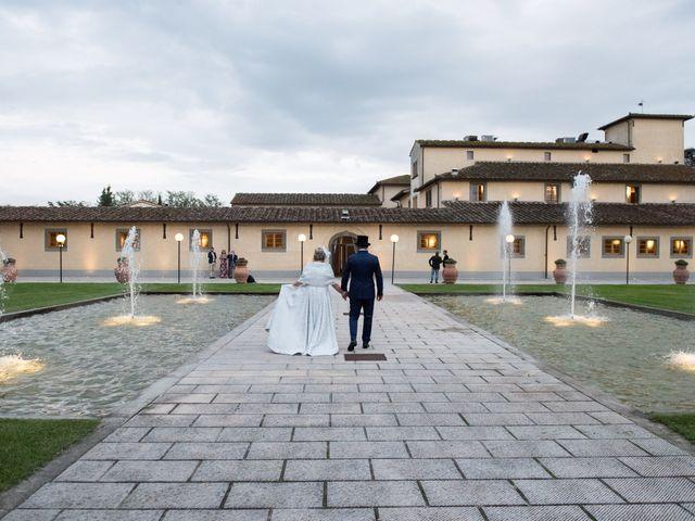 Il matrimonio di Cinzia e Marzio a Campi Bisenzio, Firenze 40
