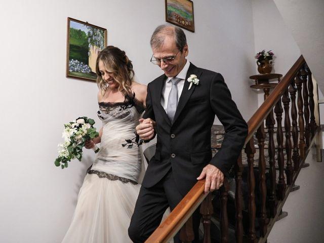 Il matrimonio di Alessandro e Eleonora a Montecosaro, Macerata 25