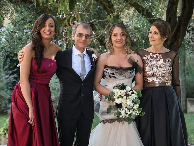 Il matrimonio di Alessandro e Eleonora a Montecosaro, Macerata 28