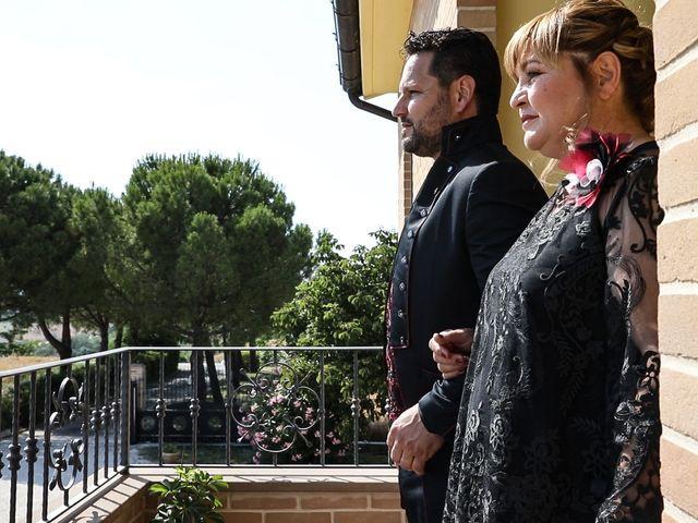 Il matrimonio di Alessandro e Eleonora a Montecosaro, Macerata 41